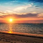 Plage, coucher de soleil par © Tianaina